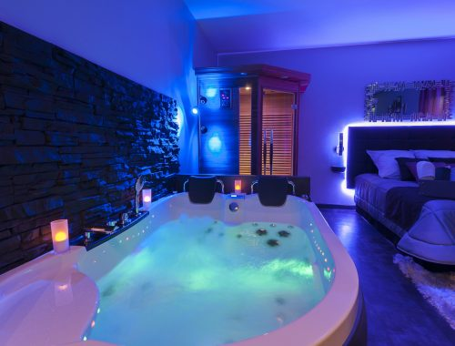 Jacuzzi privatif - Nuit d\'amour