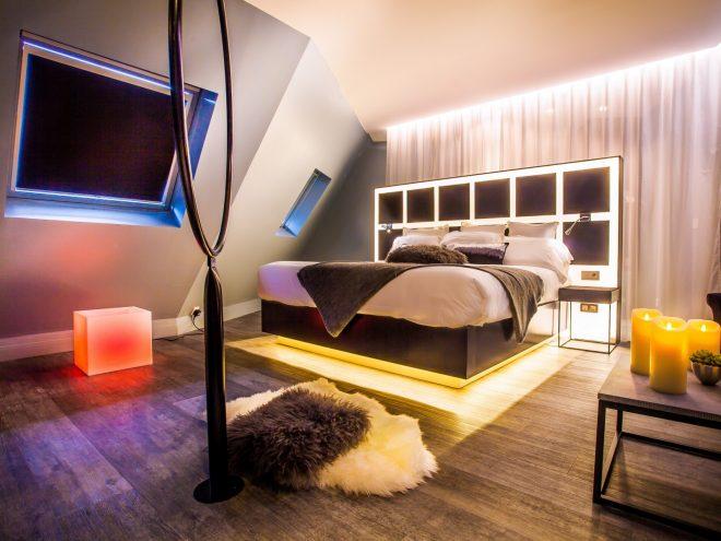 legend hotel nuit d 39 amour. Black Bedroom Furniture Sets. Home Design Ideas