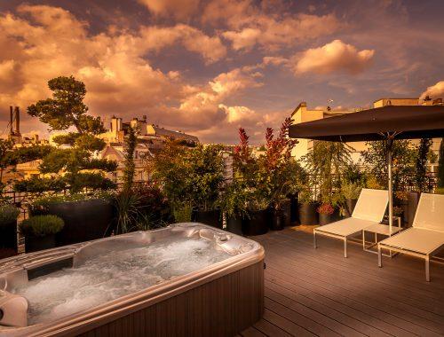 hotel-jacuzzi-Paris- felicien-terrasse-suite-coucher-de-soleil-