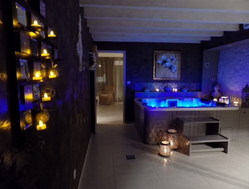 Chambre avec jacuzzi privatif nuit d 39 amour - Spa privatif luxembourg ...