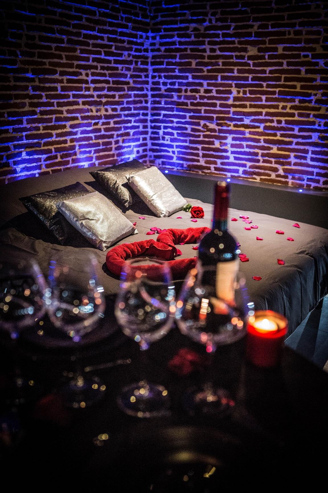 LOVALCOVE Nuit d amour