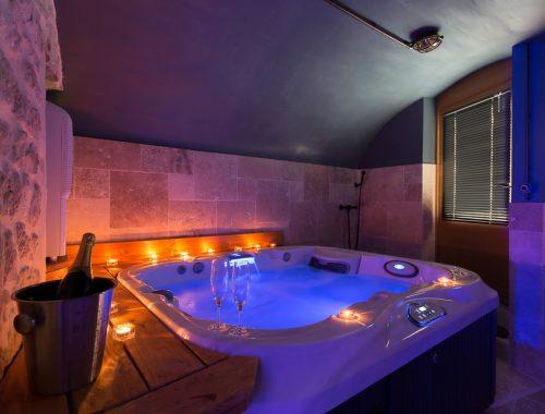 Appartement ou villa avec jacuzzi privatif nuit d 39 amour - Gite de france luberon avec piscine ...